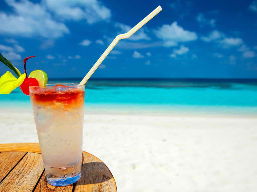 beach-cocktail-cocktails-28284144